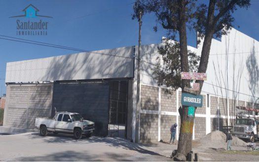 Bodega 3,300 m2 nueva en renta a pie de carretera Mil Cumbres $140,000