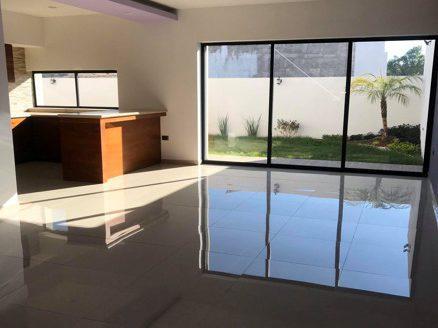 Casa en venta Fracc. privado Paseo del Parque, Tres Marias $3,100,000.00