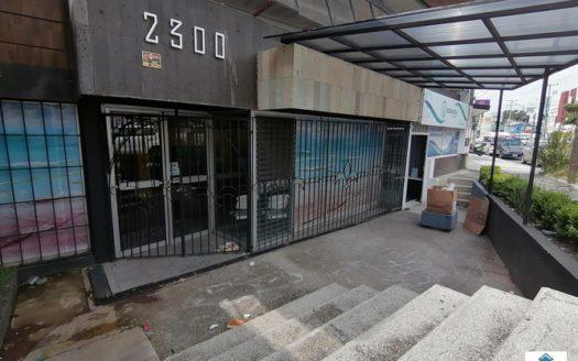 Local sobre Av. Lázaro Cárdenas $18,000